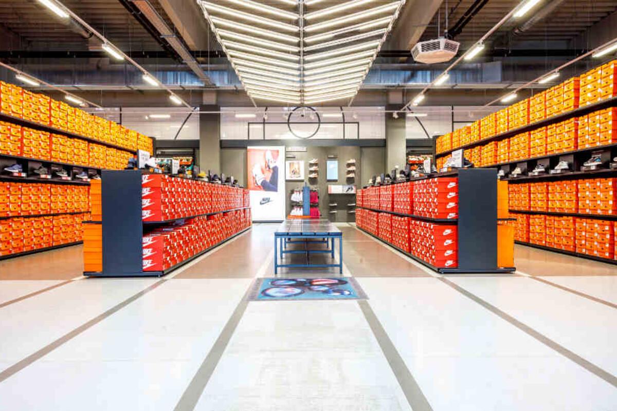 NIKE Factory Store: Shoppe hier mit bis zu 70 Prozent