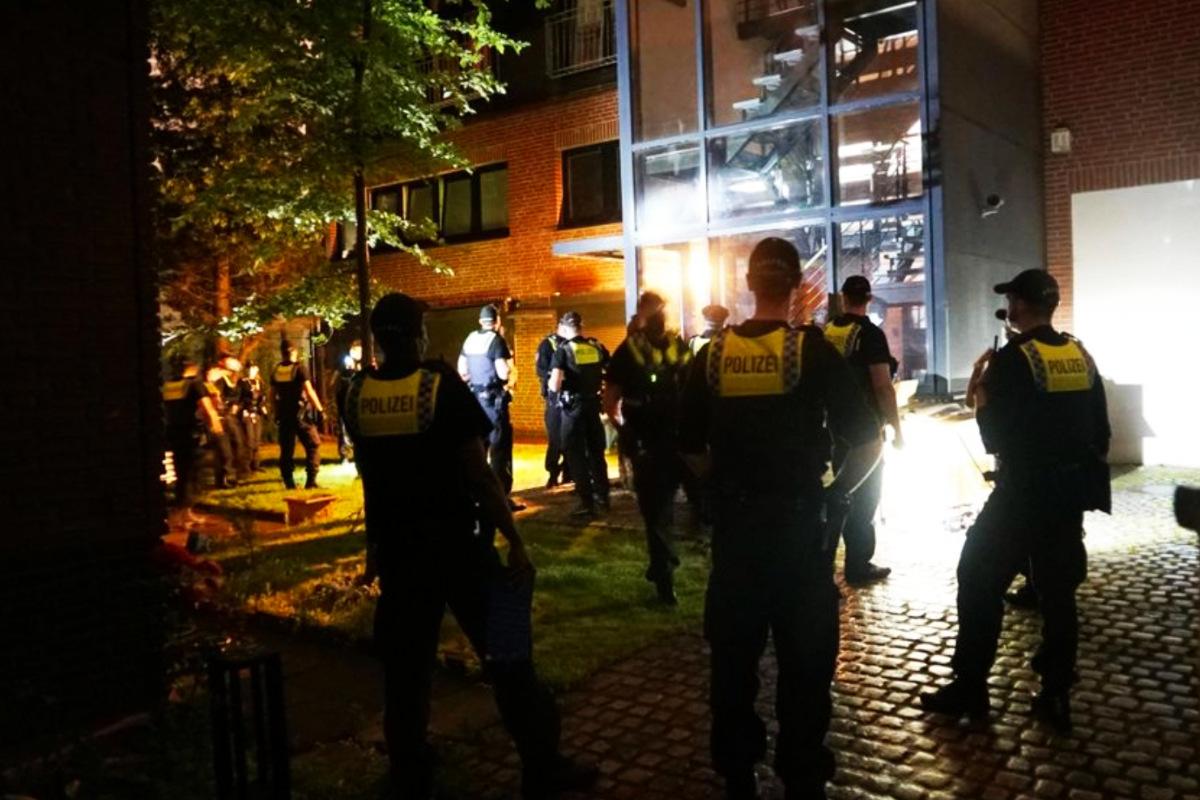 Verstoß gegen Corona-Regeln: Polizei beendet in Hamburg