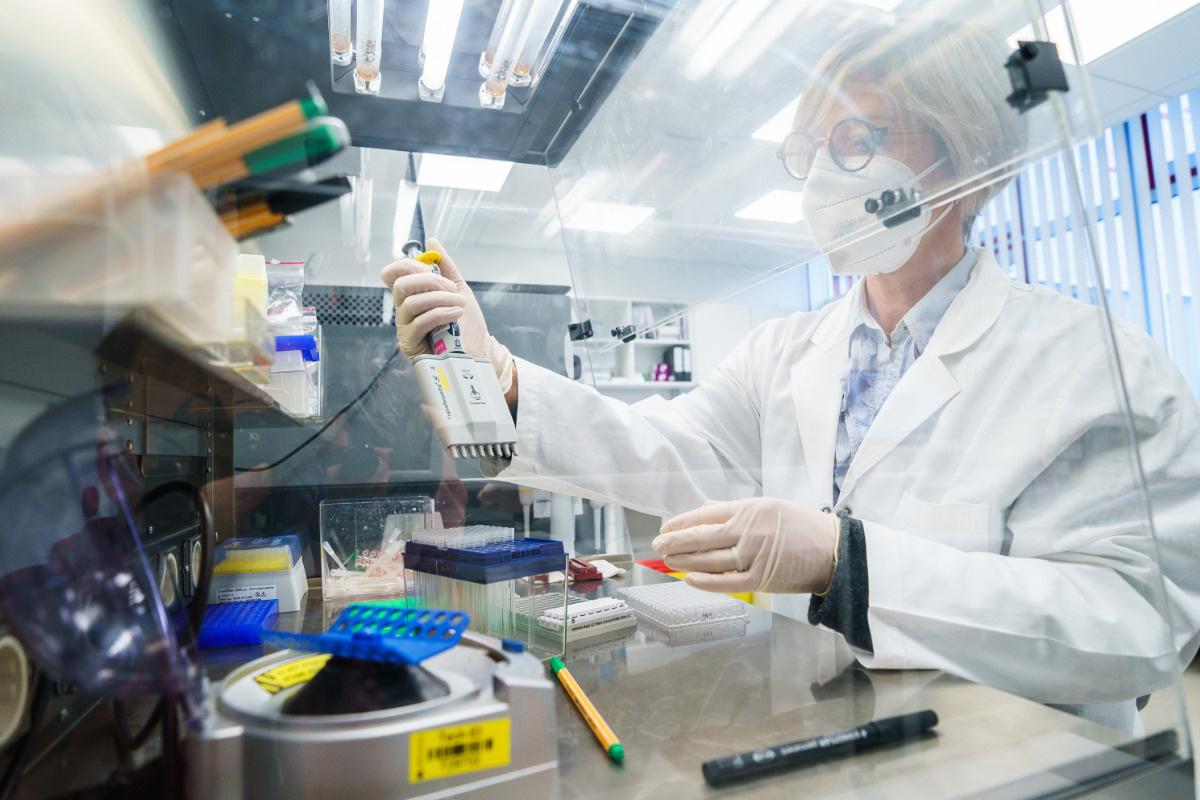 Steigt wegen Corona-Mutanten die Zahl der Neuinfektionen? - TAG24