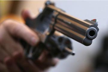 """""""Waffen gehören nicht in die Hände von Extremisten"""": Behörden ziehen Waffenscheine ein"""