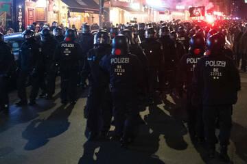 """Berlin: Nach Räumung von """"Köpi"""": Polizei zieht Bilanz nach linken Krawallen in Berlin"""