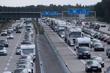 Nach Hochwasser und Ferienhalbzeit: Autobahnen in NRW werden voll!