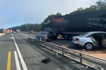 Unfall A3: Schwerer Unfall auf A3: Elf Verletzte, darunter vier Kinder!