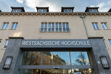 Professorin der Hochschule Zwickau wegen Corona-Posting in der Kritik