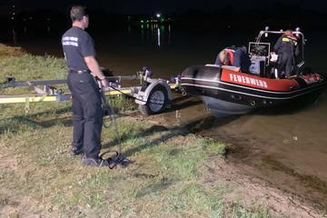 Frau geht in See baden und wird nun vermisst: Boot und Hubschrauber im Einsatz