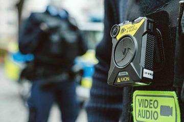 Zwickauer Polizei geht künftig mit Kameras auf Streife