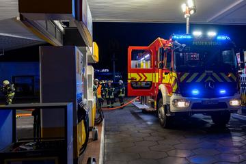 Tankstelle bei Dieburg brennt: Mitarbeiterin und Kunde verletzt