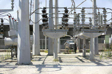 Who should pay to weatherize Texas' electric grid? Power companies have an answer