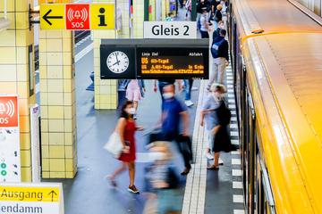 Bundesweit kostenlos unterwegs: Zwei Wochen gratis Nahverkehr für Abonnenten