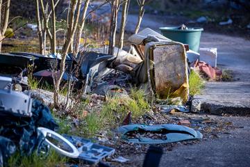 """Leipzig: Illegal entsorgter Müll in Leipzig: Tausende Hinweise im """"Mängelmelder"""" eingegangen"""