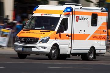 Beherztes Eingreifen: Zeuge stoppt Lastwagen, doch der Fahrer überlebt nicht