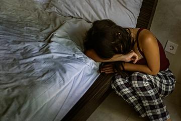 Frau behauptet, zwei Jahre von Geist missbraucht worden zu sein