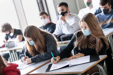 Hamburg: Schulbeginn mit Maskenpflicht in Hamburg und Schleswig-Holstein