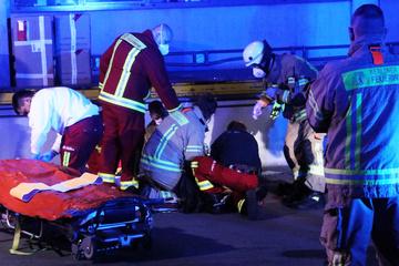 Mann klettert auf Glasdach und stürzt sechs Meter in die Tiefe