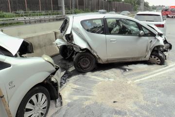Unfall A3: Stauende übersehen: Karambolage auf A3 fordert zehn Verletzte