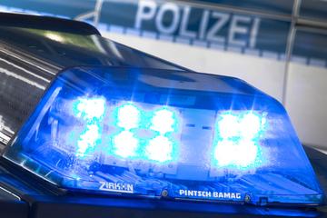 Leipzig: 21-Jährige in Leipzig mit Reizgas angegriffen und ausgeraubt: Polizei sucht Zeugen