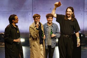 """Yard Act"" gewinnt Newcomer-Preis beim Hamburger Reeperbahn-Festival"