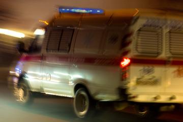 Frau klaut Krankenwagen und liefert sich filmreife Verfolgungsjagd mit der Polizei