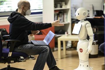 Helfer ohne Ansteckungsgefahr: Schlägt jetzt die Stunde der Roboter?
