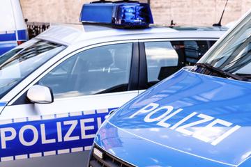 Zeuge entdeckt verlassenes Auto im Sperrgebiet: Polizei startet große Suchaktion