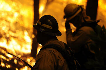 Federal firefighters get long-awaited pay rises starting next week