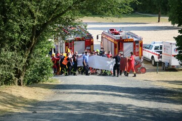Erneuter Notfall an Badesee in der Nähe von Bonn: 15 Taucher und ein Hubschrauber im Einsatz!