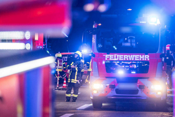 Frankfurt: Wohnhaus-Brand in Frankfurt: Feuerwehr rettet Mann aus brennender Wohnung