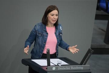 Sächsin übernimmt die Vertretung des Bundestagspräsidenten!