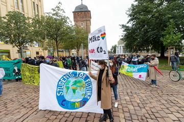 """Chemnitz: Gleich drei Demos in Chemnitz: """"Fridays for Future"""" rufen vor Bundestagswahl zum Streik auf"""