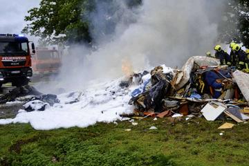 Sperrmüll brennt: Müllfahrer handelt richtig und verhindert Schlimmeres