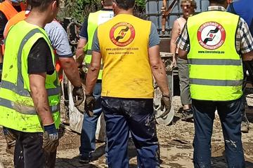 Hochwasser-Katastrophe: Rund 1200 Flüchtlinge und Migranten helfen ehrenamtlich