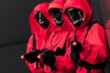 """Köln: Karnevalisten stehen auf """"Squid Game"""": Dieses Kostüm holen sich viele Jecken!"""