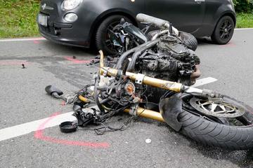 Mehrere Verletzte bei schwerem Unfall im Erzgebirge