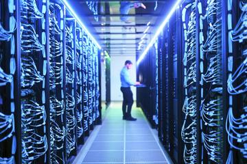 Er gehört zu den schnellsten Europas: Superrechner wird in Betrieb genommen