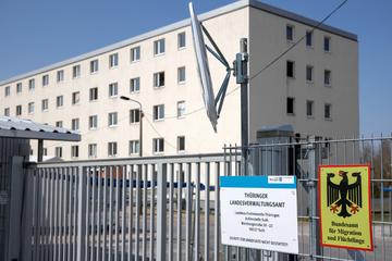 24-Stunden-Dauerdienst: Polizei künftig rund um die Uhr an Skandal-Flüchtlingsheim in Suhl