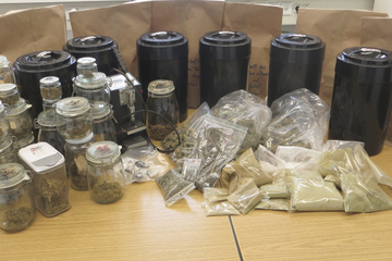 Polizei hebt riesiges Drogenlager in Hessen und Baden-Württemberg aus