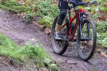 Tour im Salzburger Umland: Deutscher Mountainbiker stirbt bei Sturz ohne Helm