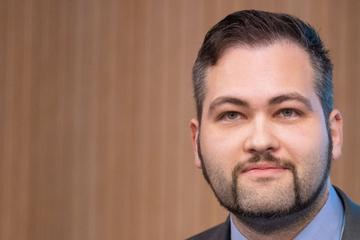 Ungeimpfter AfD-Abgeordneter zieht wegen Corona-Testpflicht vor Gericht