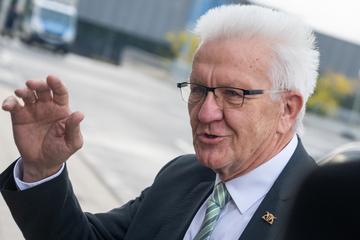 """Corona in Baden-Württemberg: Kretschmann: Auslaufen der """"epidemischen Lage"""" ist falsches Signal"""