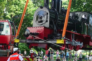 """""""Jan Reiners"""" ist wieder da! Restaurierte Dampflok der Teufelsmoorbahn ist zurück in Bremen"""