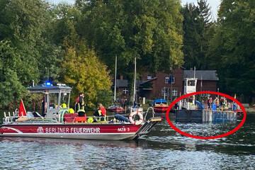 Lastwagen von Fähre gerollt und in Berliner See abgesoffen