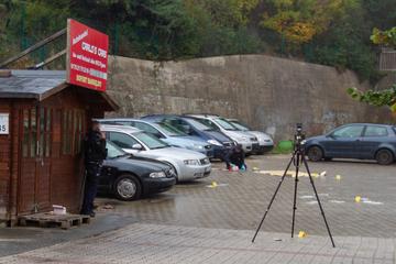 Messerattacke im Döner-Imbiss mit zwei Schwerverletzten: Polizei schnappt Angreifer!