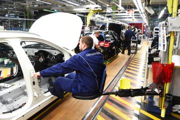 Chipkrise! Kurzarbeit im Mercedes-Werk Rastatt