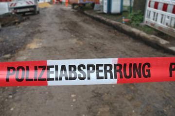 Desastre en un sitio de construcción: los trabajadores descubren a una mujer sin vida en un agujero