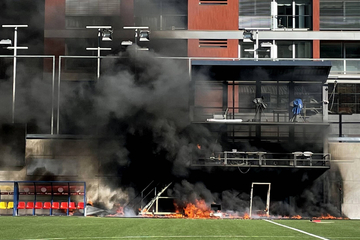 Heftiges Feuer wütet in Nationalstadion, aber UEFA gibt grünes Licht