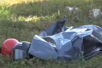 Reporter filmt nach tragischem Unfall den Leichensack: Dann macht er eine schockierende Beobachtung!
