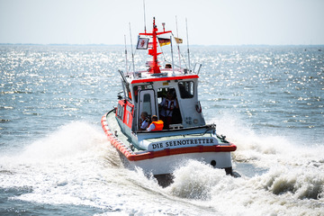 Tragischer Badeunfall: Zehnjähriges Mädchen ertrinkt in der Ostsee