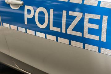 Auf offener Straße: 15-Jähriger versucht eine junge Frau anzuzünden!