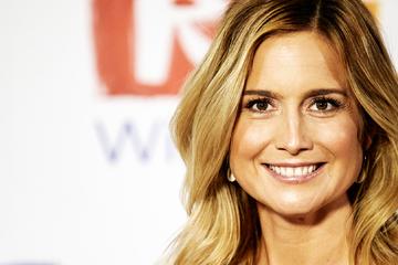 Im Flutgebiet mit Schlamm beschmiert: RTL-Moderatorin wieder zurück beim Sender