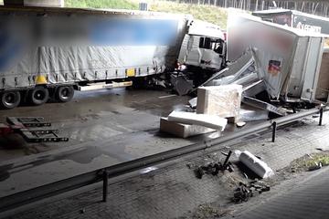 Unfall A2: Nach Lkw-Karambolage: A2 Richtung Berlin weiter voll gesperrt
